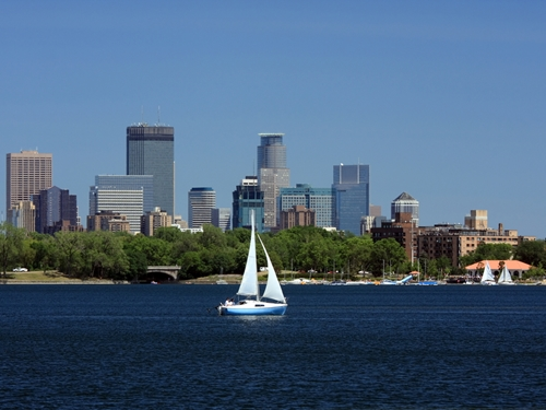 "Minneapolis' new logo still keeps its traditional ""sailboat"" motif."